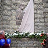 Atklāta T.Grīnberga piemiņas zīme pie Ventspils Valsts 1.ģimnāzijas