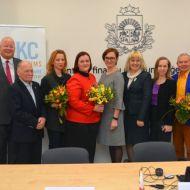 Izglītības pārvalde paraksta līgumu ar CFLA