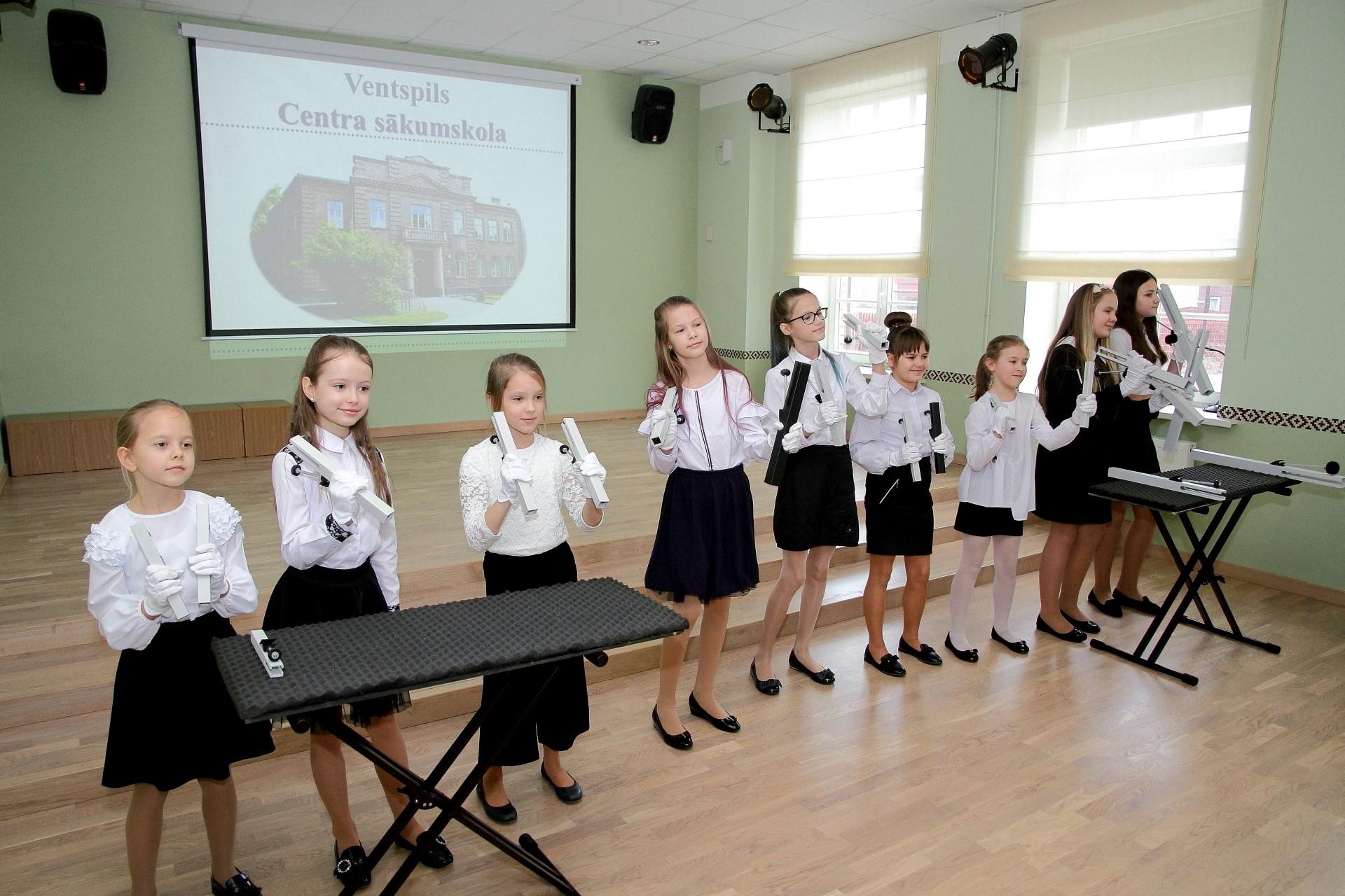 Veiksmīgi pagājusi Ventspils Centra sākumskolas akreditācija