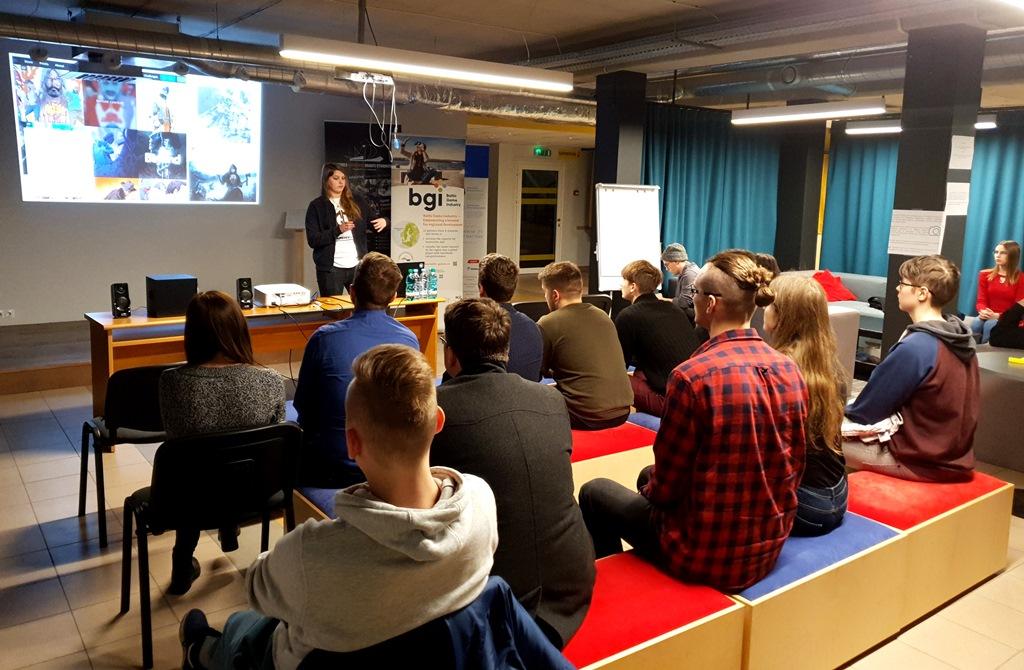 Speciālisti dalījās pieredzē pasākumā Ventspils #TechUP