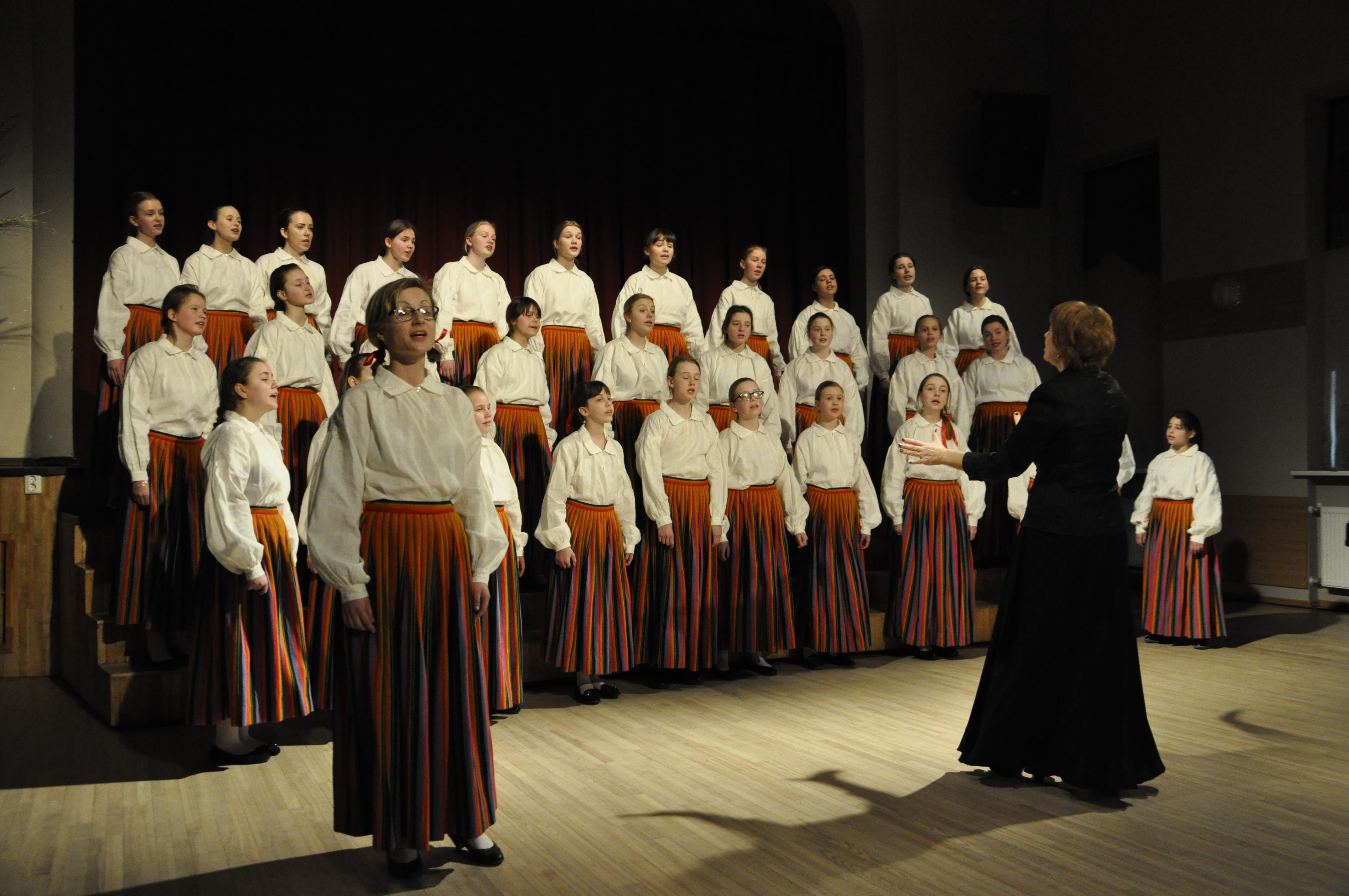 Ventspils koriem un muzikālajiem kolektīviem panākumi skatēs