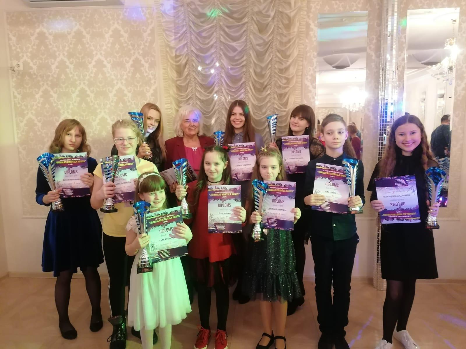 Ventspils Jaunrades nama dziedātājiem panākumi starptautiskā konkursā