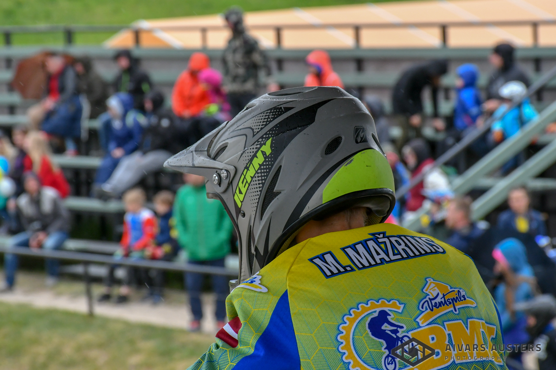 """""""Spars"""" audzēkņiem sasniegumi BMX sacensībās Valmierā"""