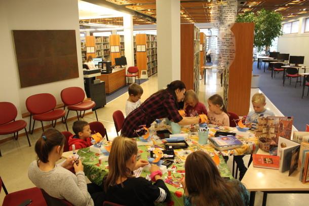 Rudens brīvlaika pasākumi bērniem un jauniešiem Ventspils bibliotēkā