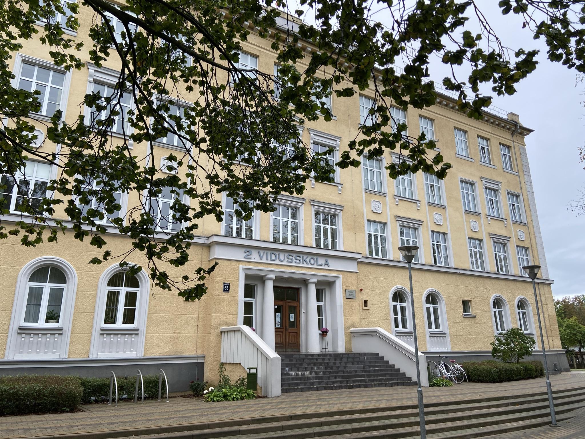 Ventspils 2.vidusskola saņem apbalvojumu no Junior Achievement Europe