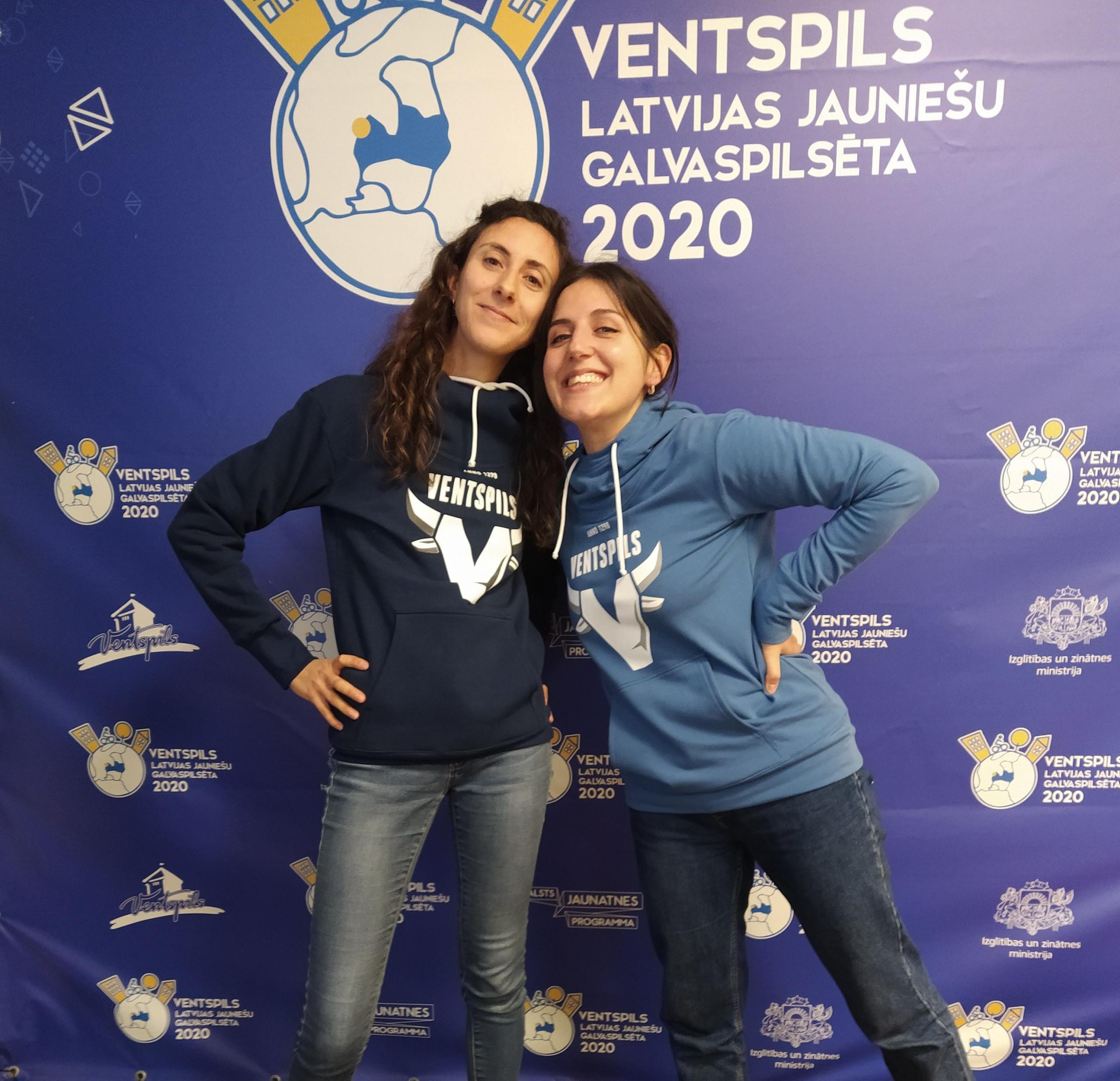 Franču un itāļu brīvprātīgās devušās mājup