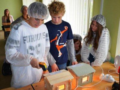 Aicina uz tehniski radošo darbnīcu skolēniem