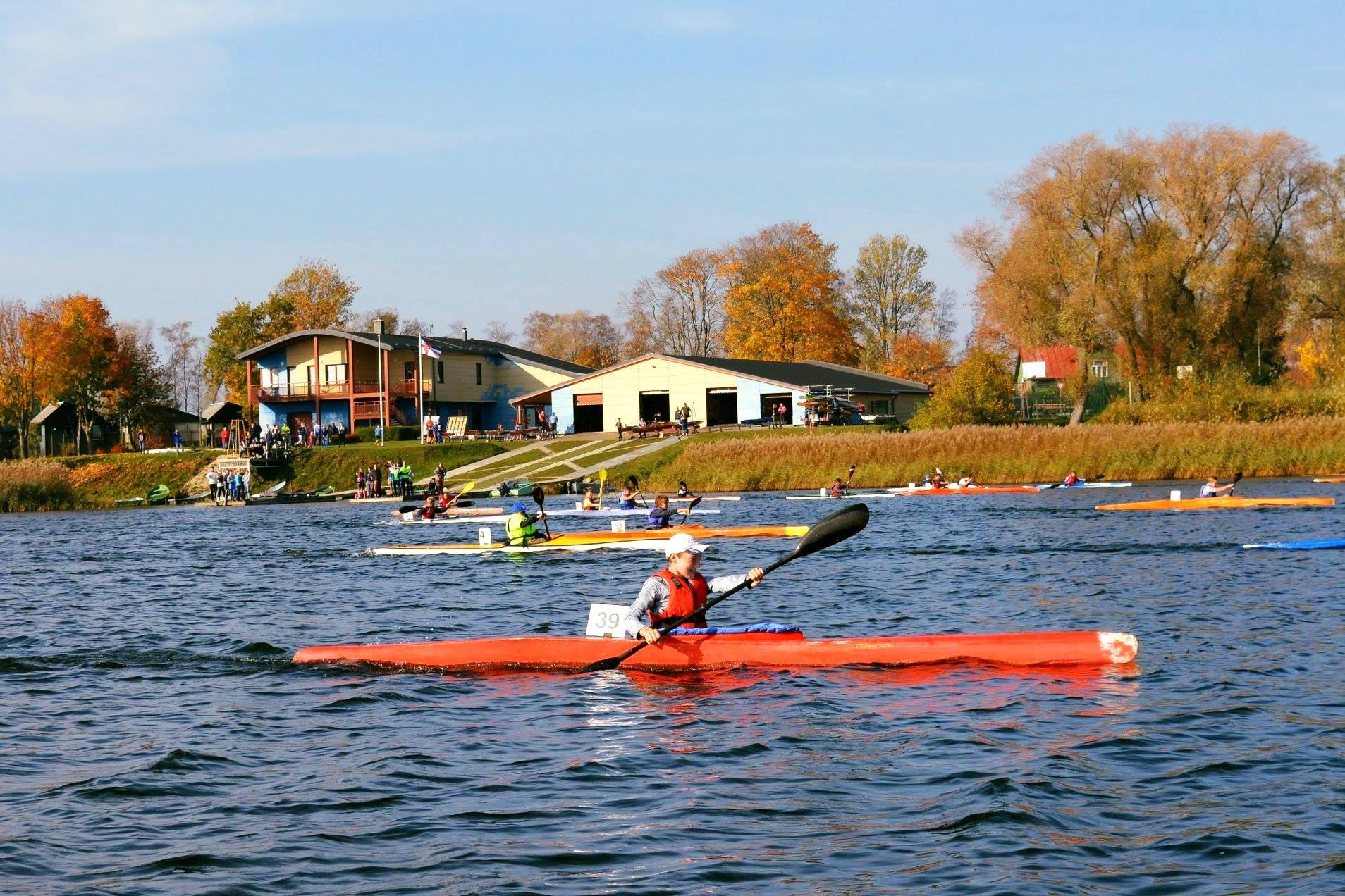 Notiks Ventspils čempionāts smaiļošanā un kanoe airēšanā